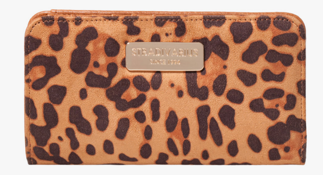 Stradivarius Billetero animal print