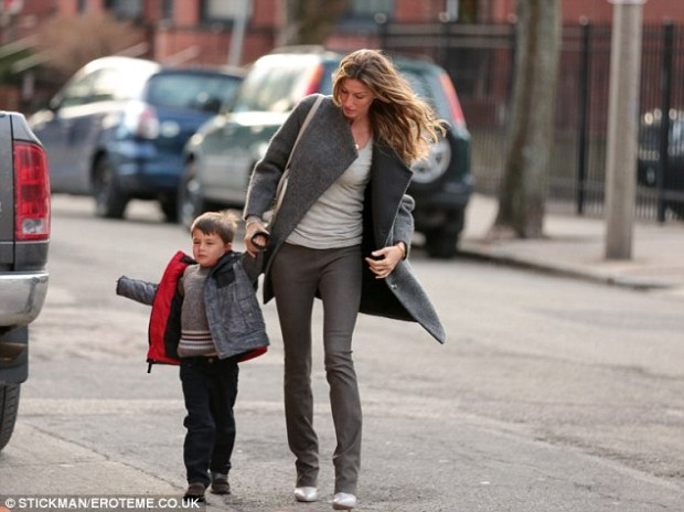gisele-bundchen-fashion-moms
